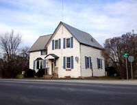 A HOME IN THE COUNTRY FOR YOU OR AS AN INVESTMENT!
