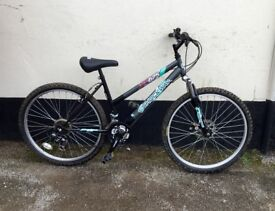 LADIES SHOCKWAVE MOUNTAIN BIKE