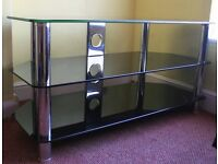 TV Table with shelves. ideal for flat screen, hardly used, quick sale wanted. Nice xmas gift