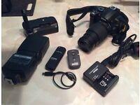 Nikon d5000 with 55-200mm Nikon lens plus accessories mint setup