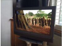 """Sony 26"""" digital HDMI colour TV KDL-26U2000"""