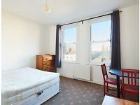 One Bedroom Flat Available Bethnal Green Road, (JUST ADDDD ON THE MARKET) Min 6 Month Let