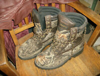 Colman Camouflaged Boots