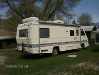 CLASS A, 25.5 FT WINDJAMMER MOTOR HOME ( An Airstream company