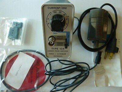 Tektronix Inc. Tek Type 134 Cathode-ray Oscilloscope Ac Current Probe Amplifier