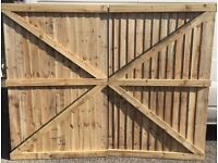 Double leaf gate driveway gate wooden gate
