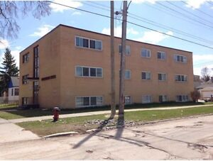 1BR apartment available In Oct 1