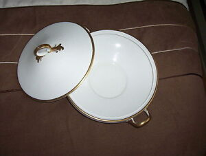 Double Handled Covered Serving Dish J&G Meakin Sol