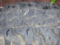 1 tire Motomaster Roughrider m+s LT245/75 R 16 used.