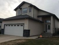ON TARTAN CIRCLE PARK ... fast possession and PRICE REDUCED!