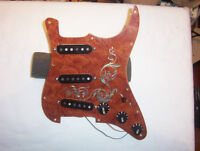 Strat/Stratocaster Maple pickguard.