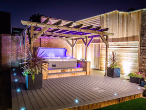 End of February Sale - Hot tubs Cheap !