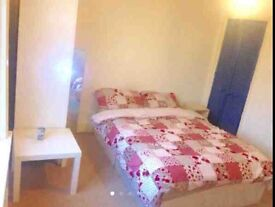 Large double room for rent , couples or singles are accepted, renovated-shared house.e
