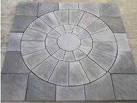 Rotunda riven paving circle
