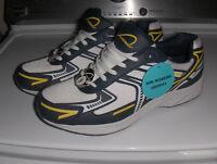 Chaussures ***neuves*** homme (gr.9)