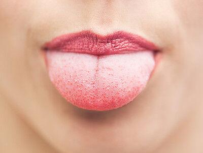 Der Zungentest verrät, ob der Lack schon trocken ist. (Bild: Thinkstock via The Digitale)