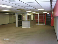 COMMERCIAL SPACE 2200 SQ FT/AVAIL MAY 1/INCL HEAT/$1300