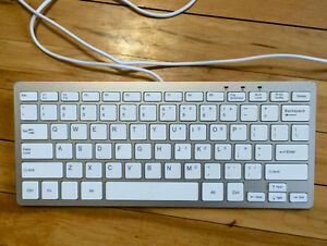 USB Corded Apple Keyboard Look-A-Like (GREAT Quality Too!)