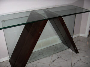 GLASS TABLES MATCHING MAHOGANY West Island Greater Montréal image 4