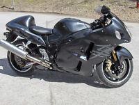 SUZUKI GSX-R1300 HAYABUSA LIMITED ... UN BIJOUX !! 5000$ AUBAINE
