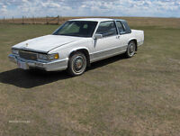 A must see 1990 Cadillac Coupe DeVille