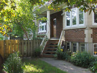 FOR RENT: BEAUTIFUL Lower DUPLEX Montreal Ouest / NDG