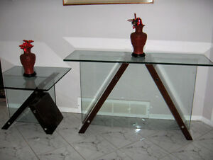 GLASS TABLES MATCHING MAHOGANY West Island Greater Montréal image 2