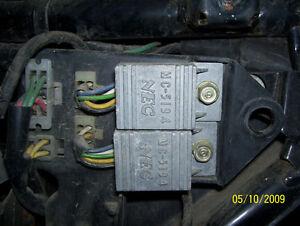 Honda Silverwing GL500 CX65C0 B900 CX500 CB1000 1100 igniter box