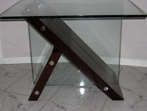 GLASS TABLES MATCHING MAHOGANY West Island Greater Montréal image 7
