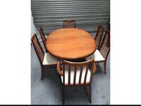 RETRO GPLAN EXTENDABLE TABLE AND 6 CHAIRS