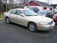 2009 Lincoln Town Car $ 11,500.00 Call Only Please 727-5344