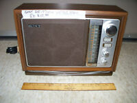 Vintage Sony ICF-9740W Radio