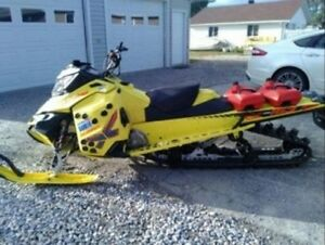 2015 Ski-Doo Summit 800 X e-tec 163 With T3 Package