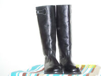Black leather winter equestrian riding boots