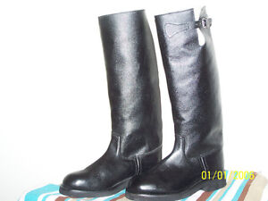 Black leather winter equestrian riding boots London Ontario image 2