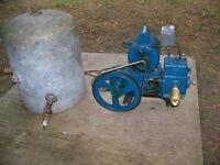 water pump/pressure tank for chalet/pompe à eau et le réservoir