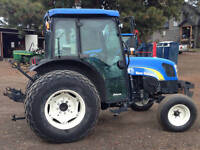 2009 New Holland Tractor