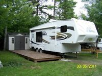 Fifth wheel Eagle by jayco 25.5 RKS