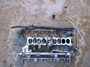 5.0   HO lower intake includes injectors
