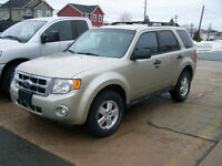 2012 Ford Escape XLT, 24 K $12,900.00 Call Only 727-5344