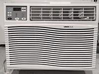 WINDOW AIR CONDITIONER FOR SALE 12,000 BTU