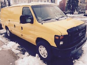 Ford 2008 E250 super duty econoline alonge
