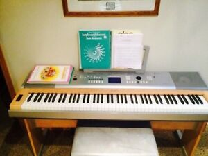 Piano Yamaha - Portable Grand (DBX-620)