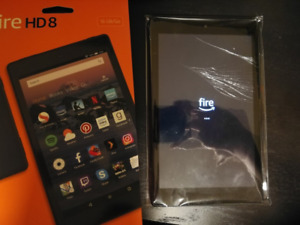 Tablet - Amazon Fire HD 8 (2018) with cracked screen