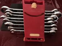 Craftsman eight piece gear wrench set