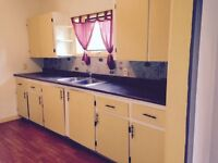 3 bedroom house for rent in Mirror, AB - $900/month