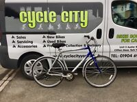 "GENTS HYBRID BIKE 23"" FRAME £95"