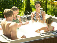 HOT TUB FLOOR MODEL CLEARANCE ON NOW!