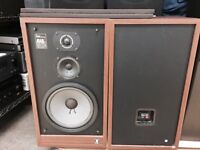 Acoustic Research AR-48s  Speakers