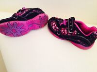 Size 9 toddler girls runners